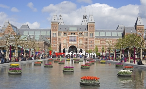 Working in Amsterdam and need tax assistance?